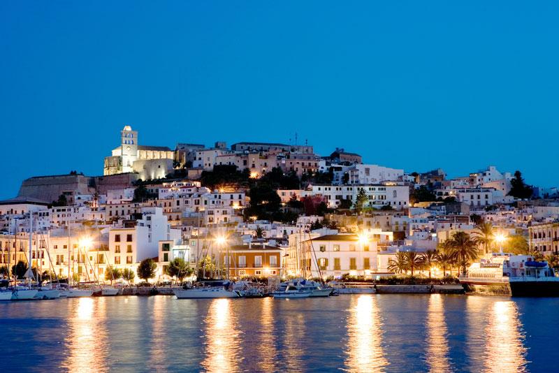 Apartamentos Bahia San Antonio Apartmentos En Ibiza